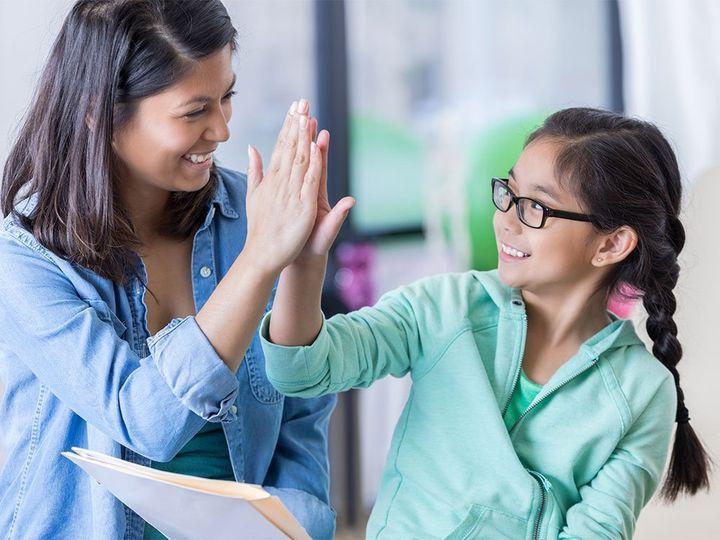 Citat: Če otroci doživljajo pohvalo, se naučijo ceniti sebe in druge
